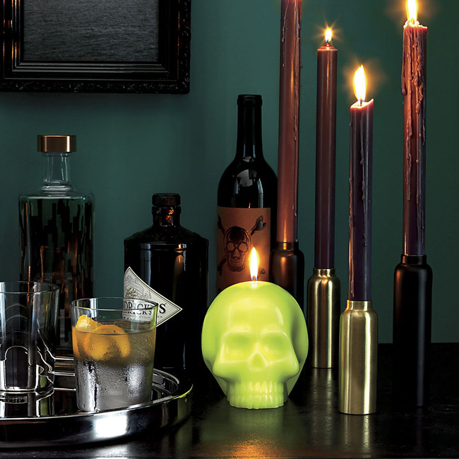cb2-hot-head-skull-candle