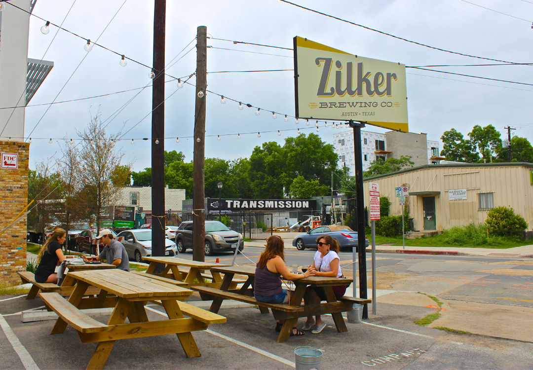 A look inside Zilker Brewing Company in Austin, Texas | MustacheMelrose.com